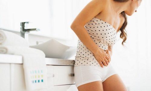 У пациента появляются жалобы на рези и жжение при мочеиспускании, частые позывы, зуд и боли внизу живота